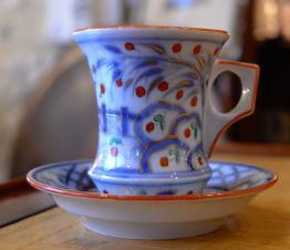 No - 287 - ROBJ  PARIS porcelaine de Limoges , verseuse , sucrier pot à lait blanc et or  .   Puces Privées