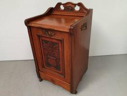 Meuble de rangement et petit meuble de rangement vintage