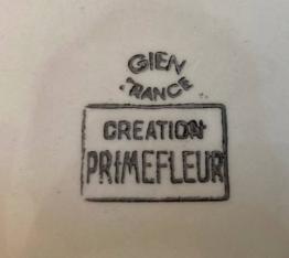 Brocante 75, vitrine Vitrine de Thierry MORLET, brocante Paris   Puces Privées