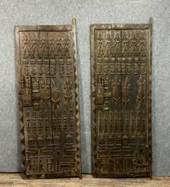 Paire de volets anciens en bois, Boiseries, portes, volets, Eléments d'architecture | Puces Privées