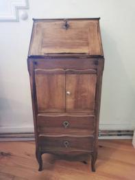 Petit meuble ancien | Puces Privées