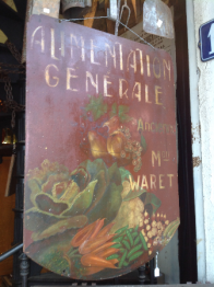 Brocante 93, vitrine Bachelier Antiquités, brocante Seine-Saint-Denis | Puces Privées