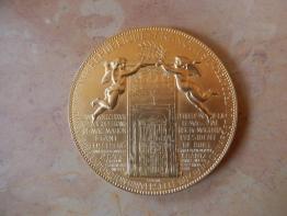 Brocante 21, vitrine Delgado Yves, brocante Cote-d'Or   Puces Privées