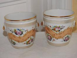 Petits pots à crème faience | Puces Privées