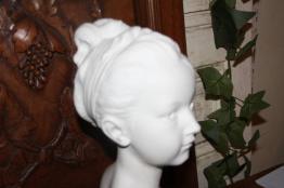No - 355 - Sculpture buste d'enfant en terre cuite par Bargas Henri XX ème siècle .   Puces Privées