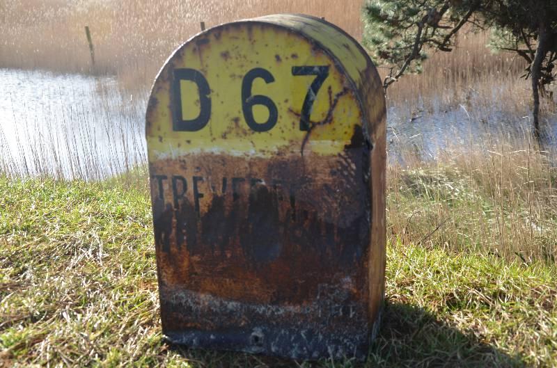 Borne routière métallique années 60, Autres, Véhicule ancien | Puces Privées
