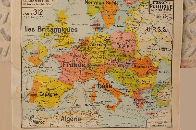 Carte scolaire Europe politique et reliefs des sols | Puces Privées