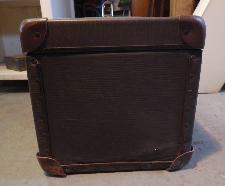 Petite valise ancienne en carton | Puces Privées