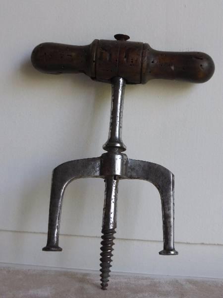 No - 167 -  Tire-bonde en fer et bois , époque 19 e, Art populaire, Collections | Puces Privées