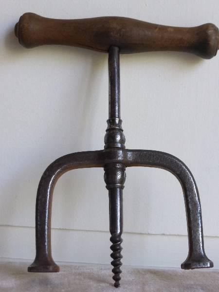 No - 168 -  Tire-bonde en fer et bois époque 19e  ., Art populaire, Collections | Puces Privées