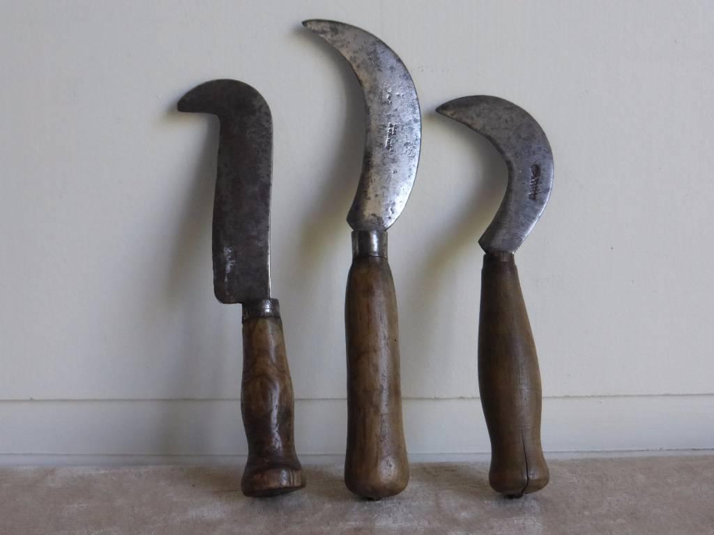 No - 170 -  Serpettes en fer et bois, Art populaire, Collections | Puces Privées