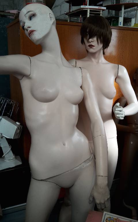 Mannequin de vitrine femme ancien New John Nissen, Poupées anciennes, Collections   Puces Privées