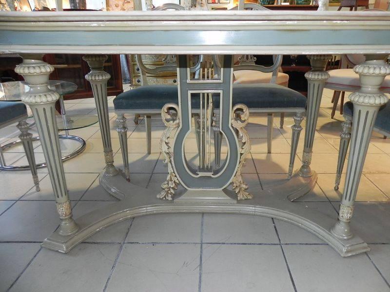 ENSEMBLE LAQUE TABLE PLATEAU MARBRE ET 6 CHAISES VENITIENS, Tables, Mobilier   Puces Privées