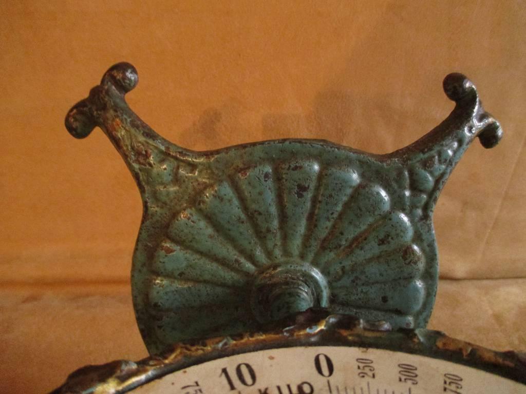 ancienne balance art nouveau de la marque family scale 10 Kilo fin XIX ème, Art populaire, Collections   Puces Privées