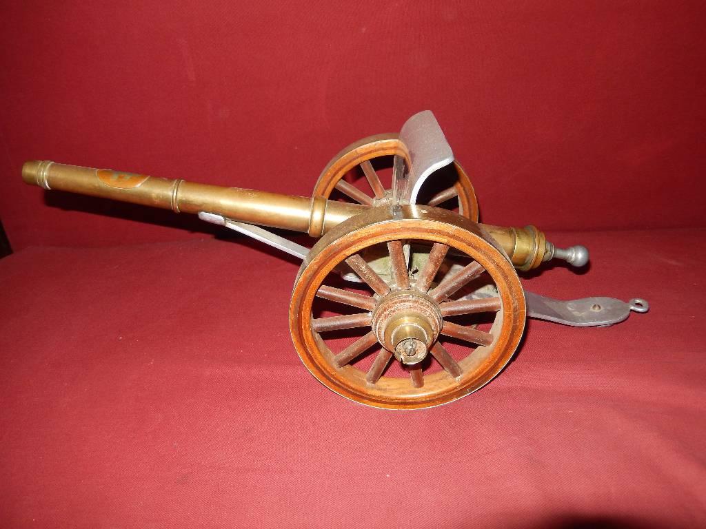 petit canon  fabrication de tranchée, Autres, Militaria   Puces Privées