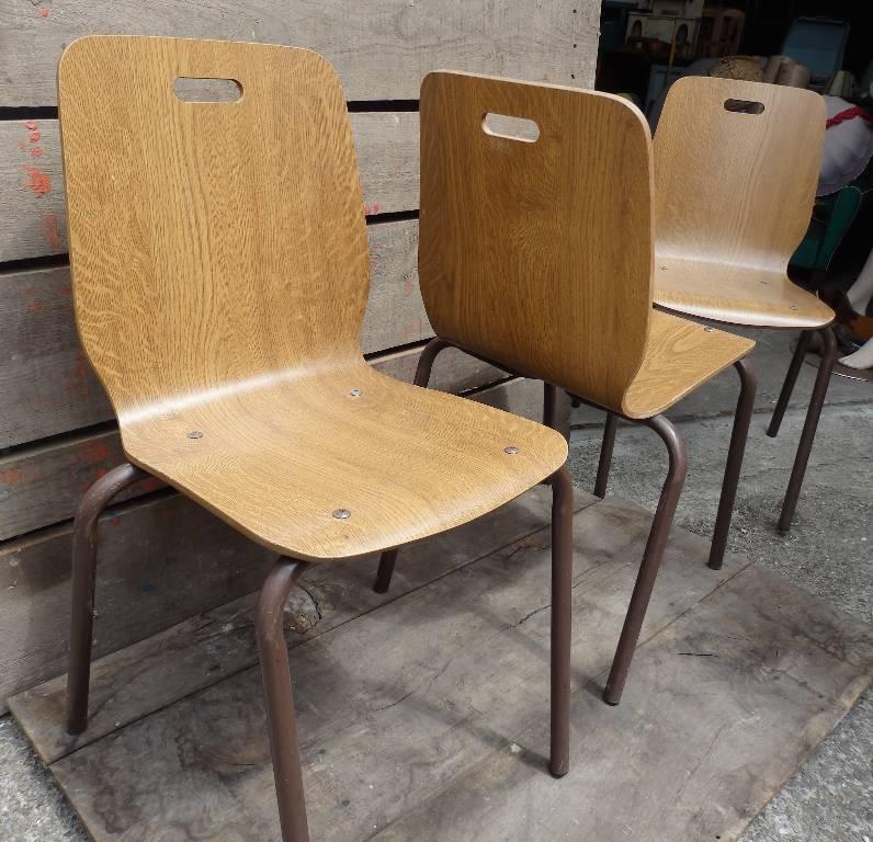 6 chaises design italien en bois courbé, Chaises - tabourets, Sièges   Puces Privées