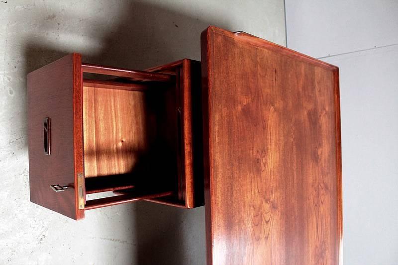 Bureau en Teck des Années 1960 Origine Danoise | Puces Privées