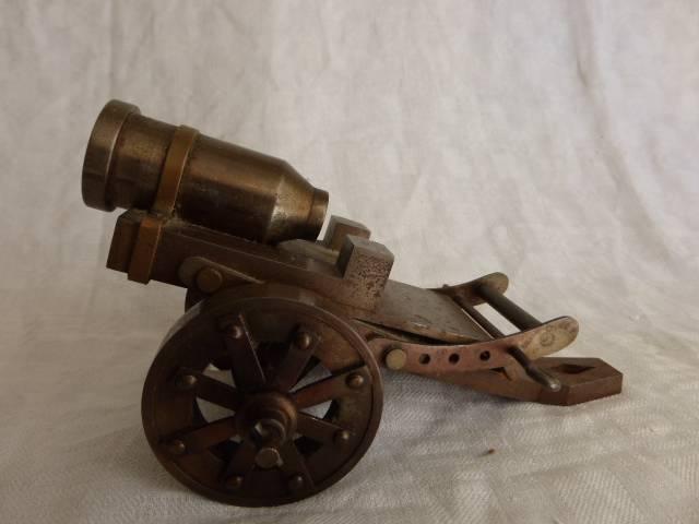 No - 200 -  Canon d'artillerie : objet de maîtrise | Puces Privées