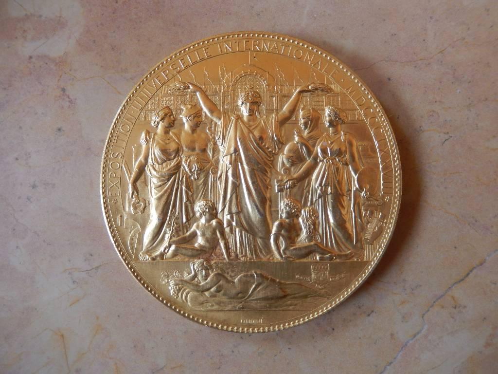 médaille de l'exposition universelle du champs de Mars et Trocadero 1878   Puces Privées