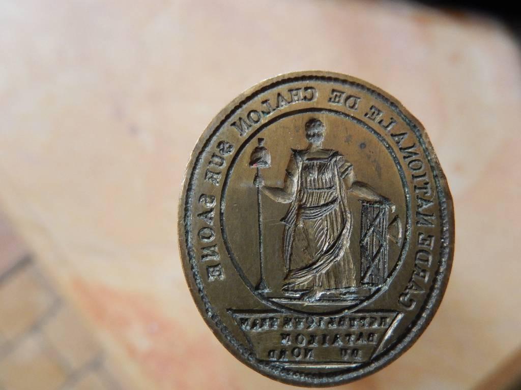 cachet de cire  de la garde nationale de Chalon sur Saône époque révolutionnaire | Puces Privées