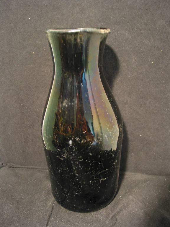 Bocal de conserve XVIIIème en verre soufflé (verre foncé , forme intéressante )   Puces Privées