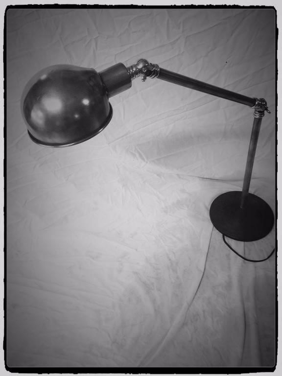 Jolie lampe de bureau Ca.1950   Puces Privées