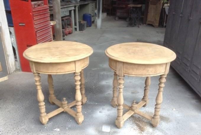 Paire de petites tables hautes | Puces Privées