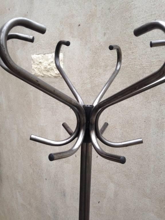 Porte manteau perroquetCa.1960 | Puces Privées
