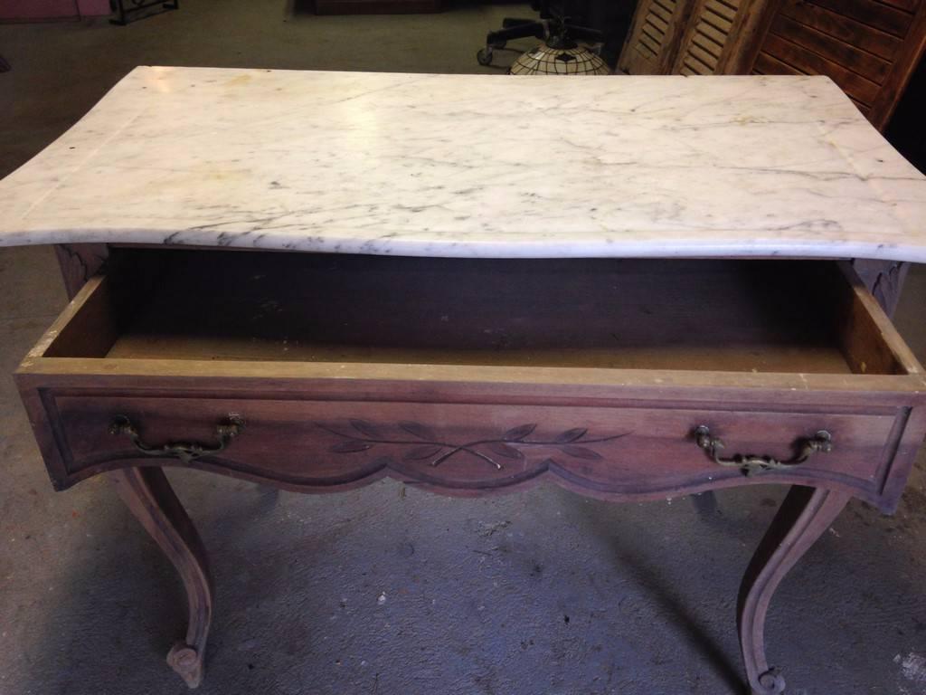 Petite table d'appoint ou guéridon Ca. 1900   Puces Privées