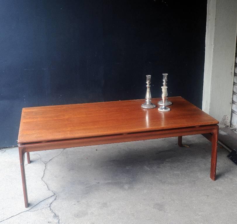 TABLE BASSE DANOISE | Puces Privées