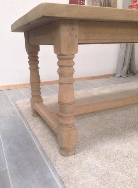 Table d'exception, chêne massif décapé brut L248 x P79 X H76 | Puces Privées