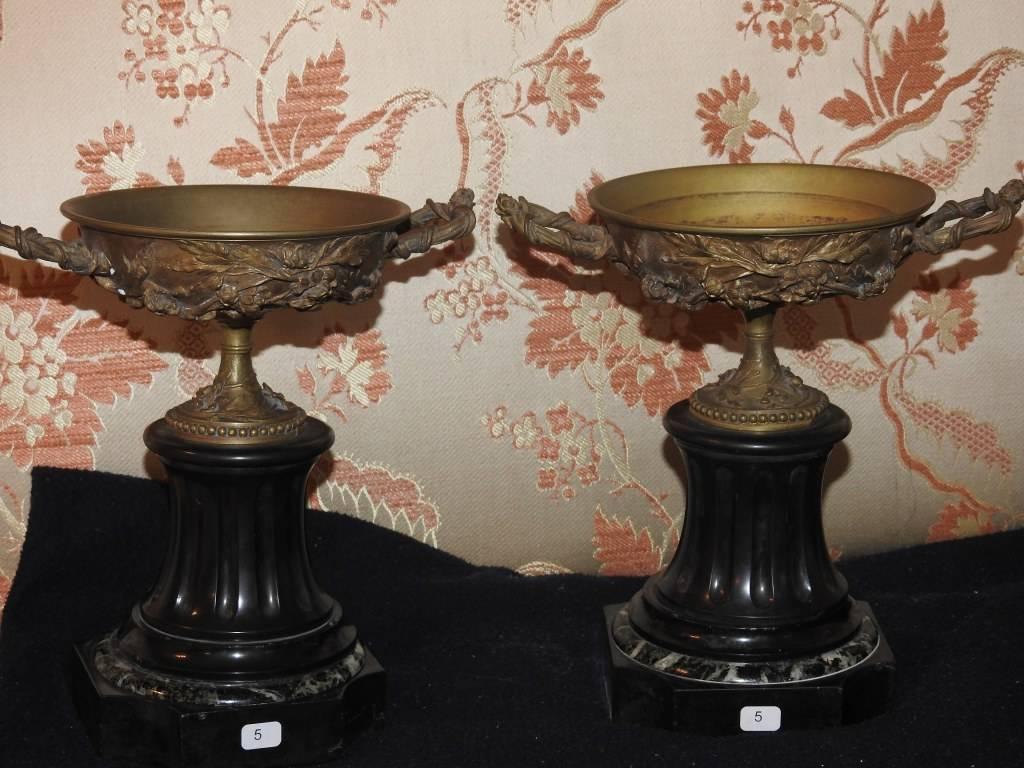 Paire de coupes en bronze dorées Epoque Napoleon III | Puces Privées