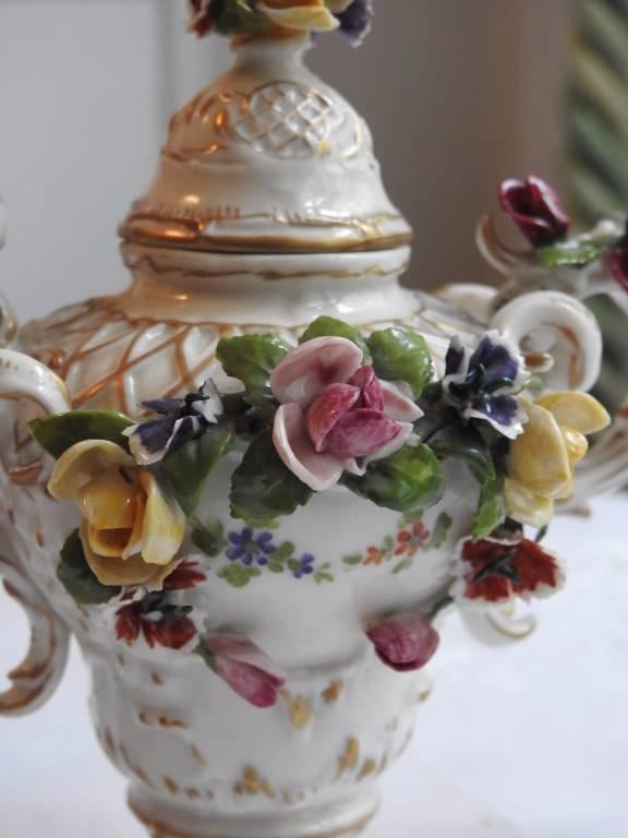 Vase en porcelaine de SAXE   Puces Privées