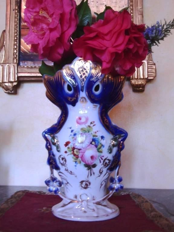 Vase de mariée en PORCELAINE DE PARIS   Puces Privées