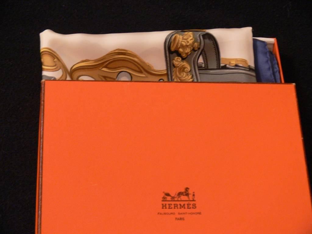 Carré de soie Hermès | Puces Privées