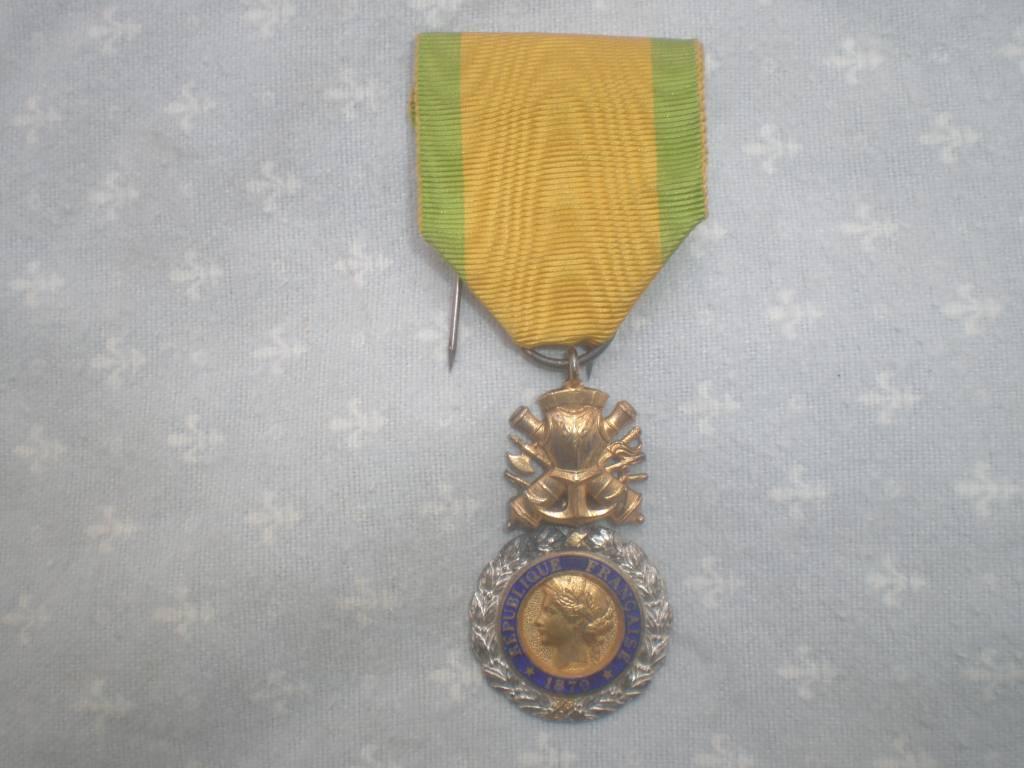 medaille militaire francaise de 1 guerre | Puces Privées