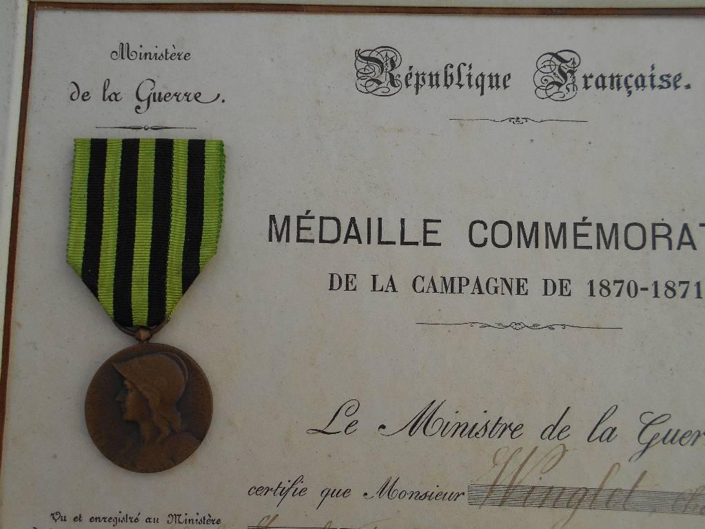diplome encadre sous verre et medaille comemorative de la guerre franco prusienne de 1870 a 1871   Puces Privées