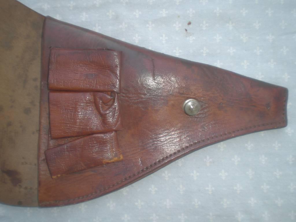 etui de revolver modele 1892 francais de 1 guerre modele 1915 | Puces Privées