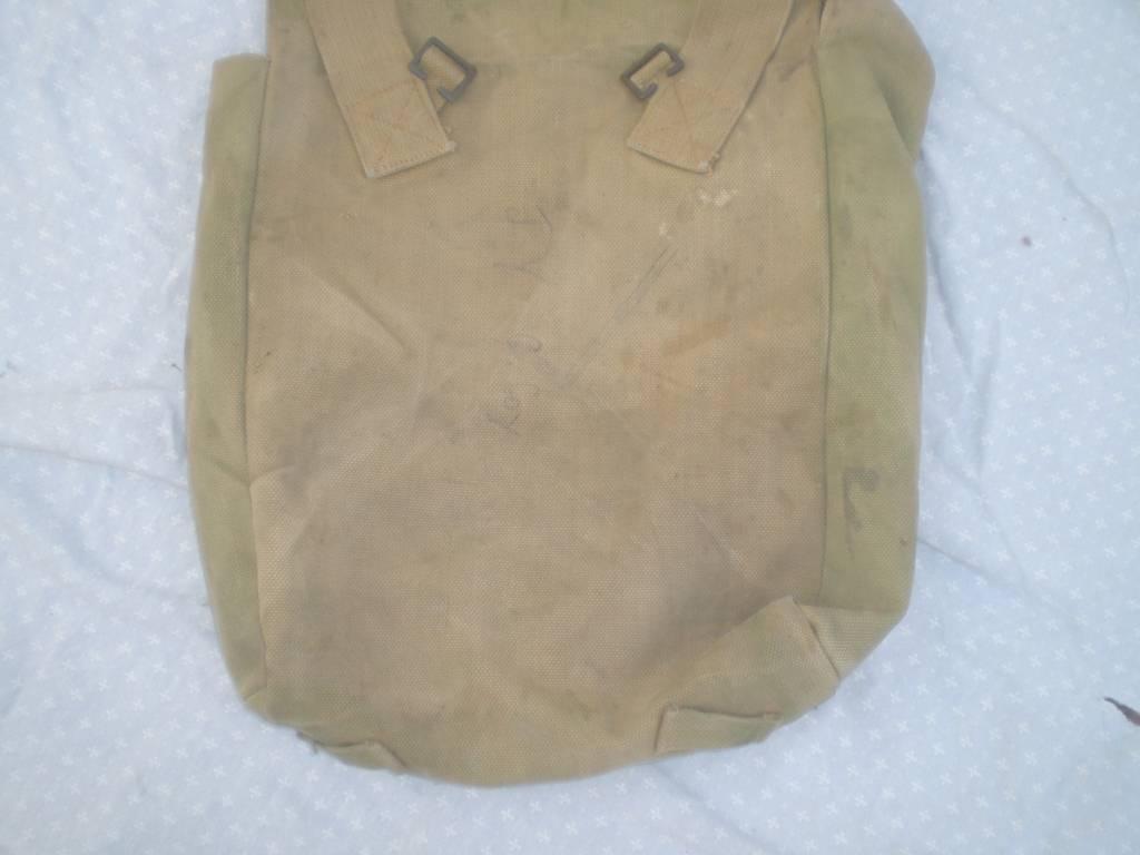 sac a dos anglais de 1 guerre date   Puces Privées