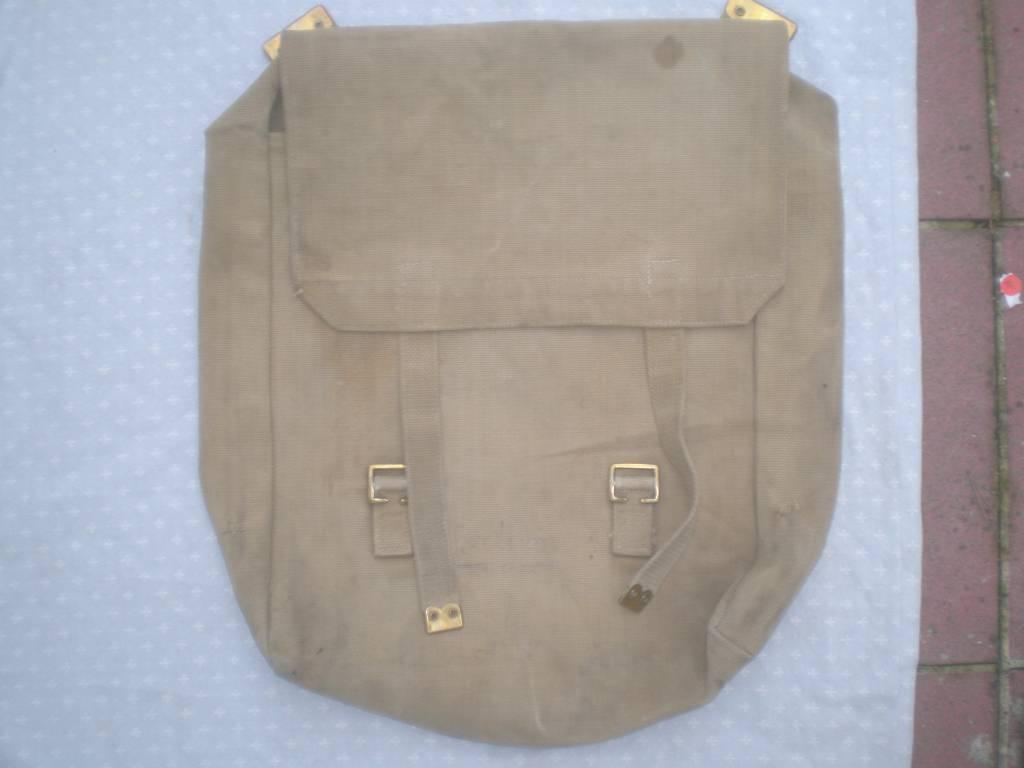 sac a dos anglais de 1 guerre date | Puces Privées