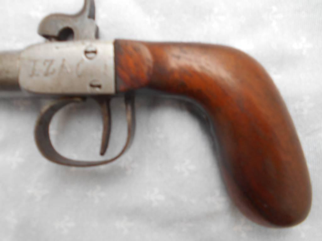 pistolet a pecussion cathegorie d2 vente interdite aux mineur d age de moin de 18 ans | Puces Privées