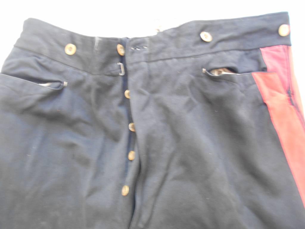 tenue de politecnitien 2 empire habit pantalon ceinturon et chapeau dans sa boite | Puces Privées