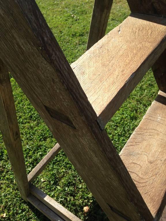 Petit Escabeau en bois massif 1930   Puces Privées