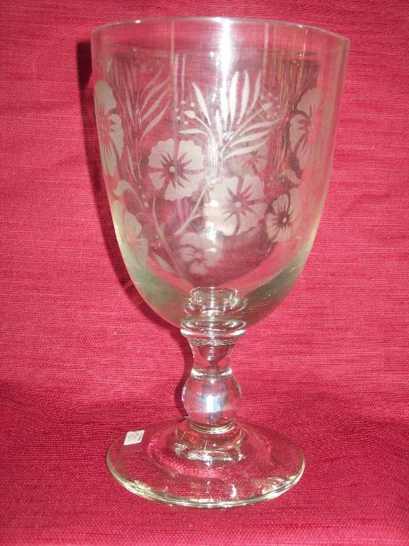 No - 246-Grand verre de mariage gravé à décor floral  XIXème | Puces Privées