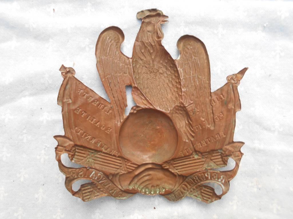 plaque de chakos de garde national louis philippe | Puces Privées