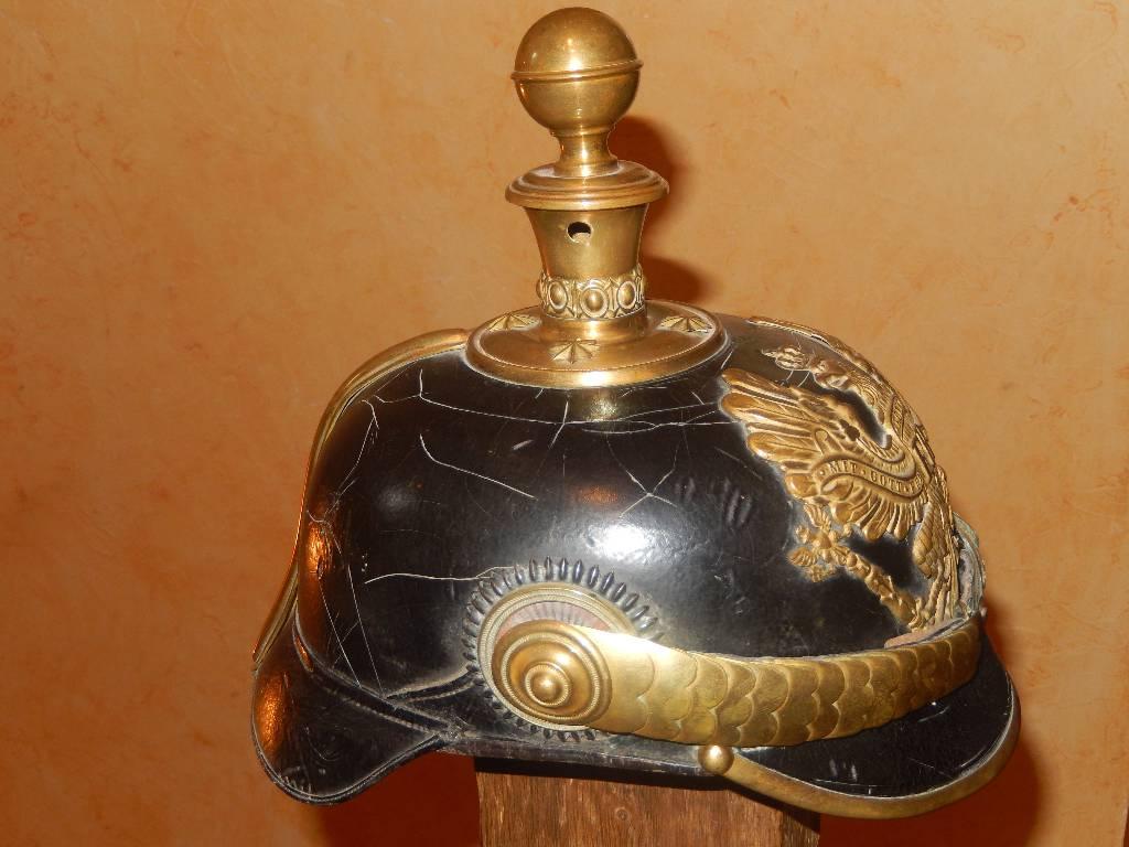 casque d'officier  d'  Artillerie prussien   Puces Privées