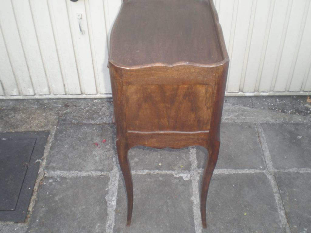 petit meuble de rangement a volet de fermeture | Puces Privées
