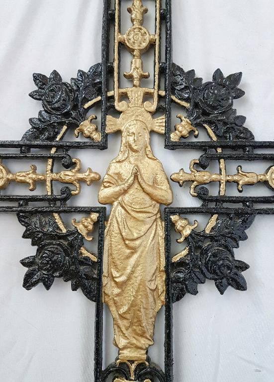 Croix funéraire en fonte XIXeme tombe | Puces Privées