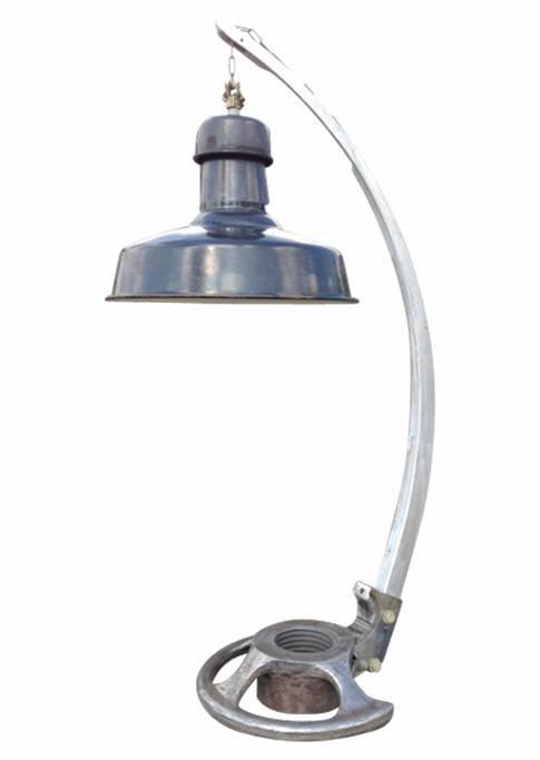 Lampe pied couronne avec suspension | Puces Privées