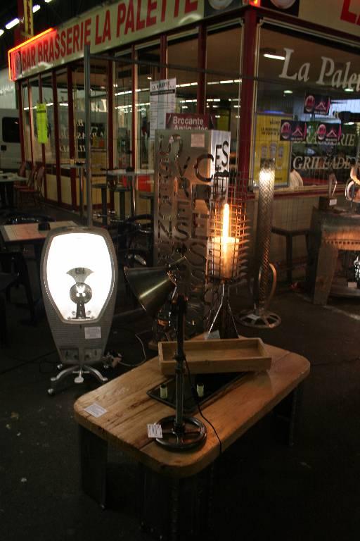 Art N°15 Lampe pas d'air   Puces Privées